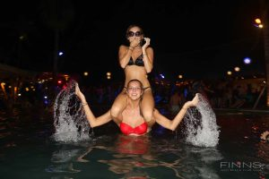 20161117-gallery-beach-party-37