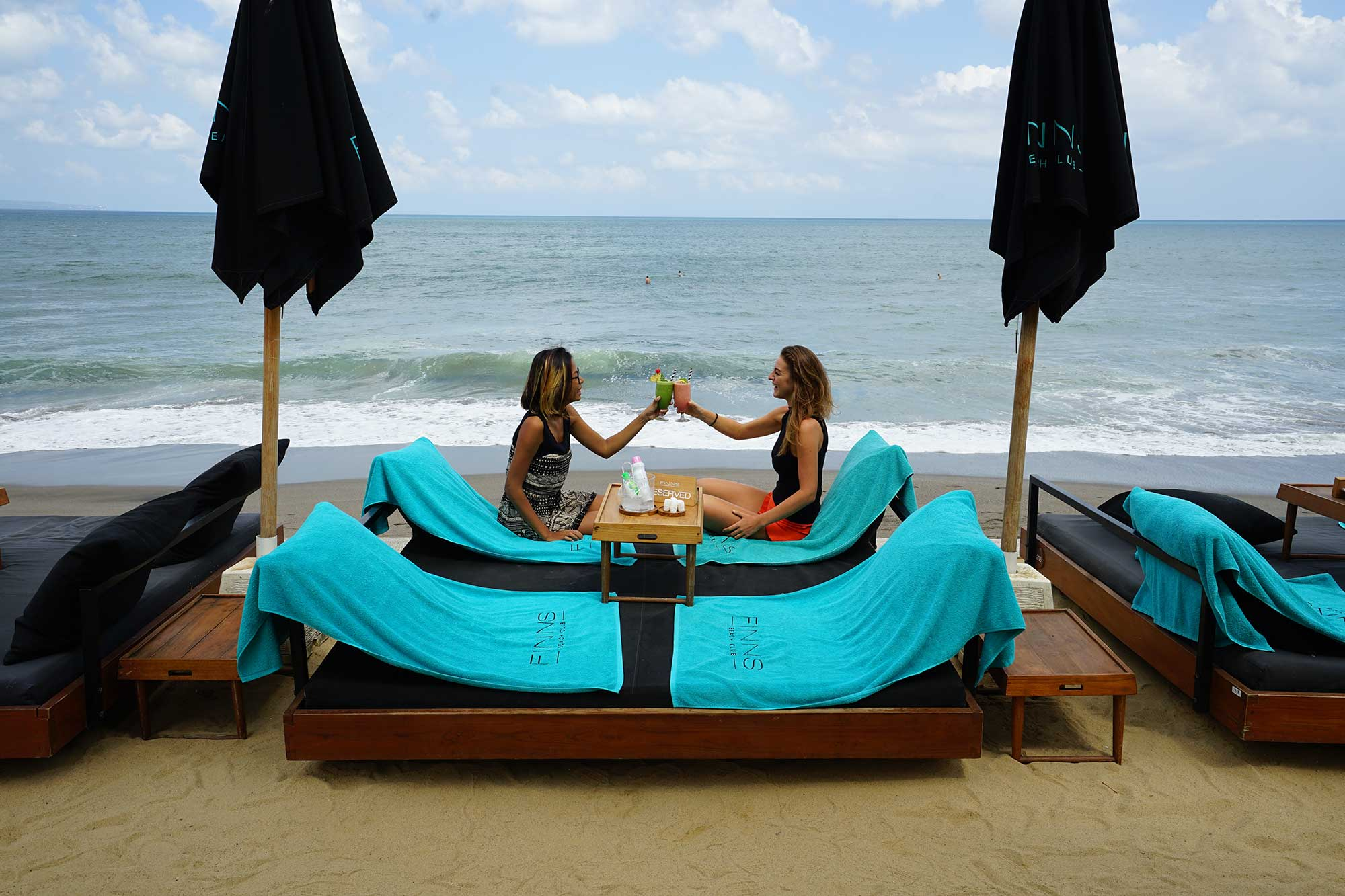 VIP-Day-Bed