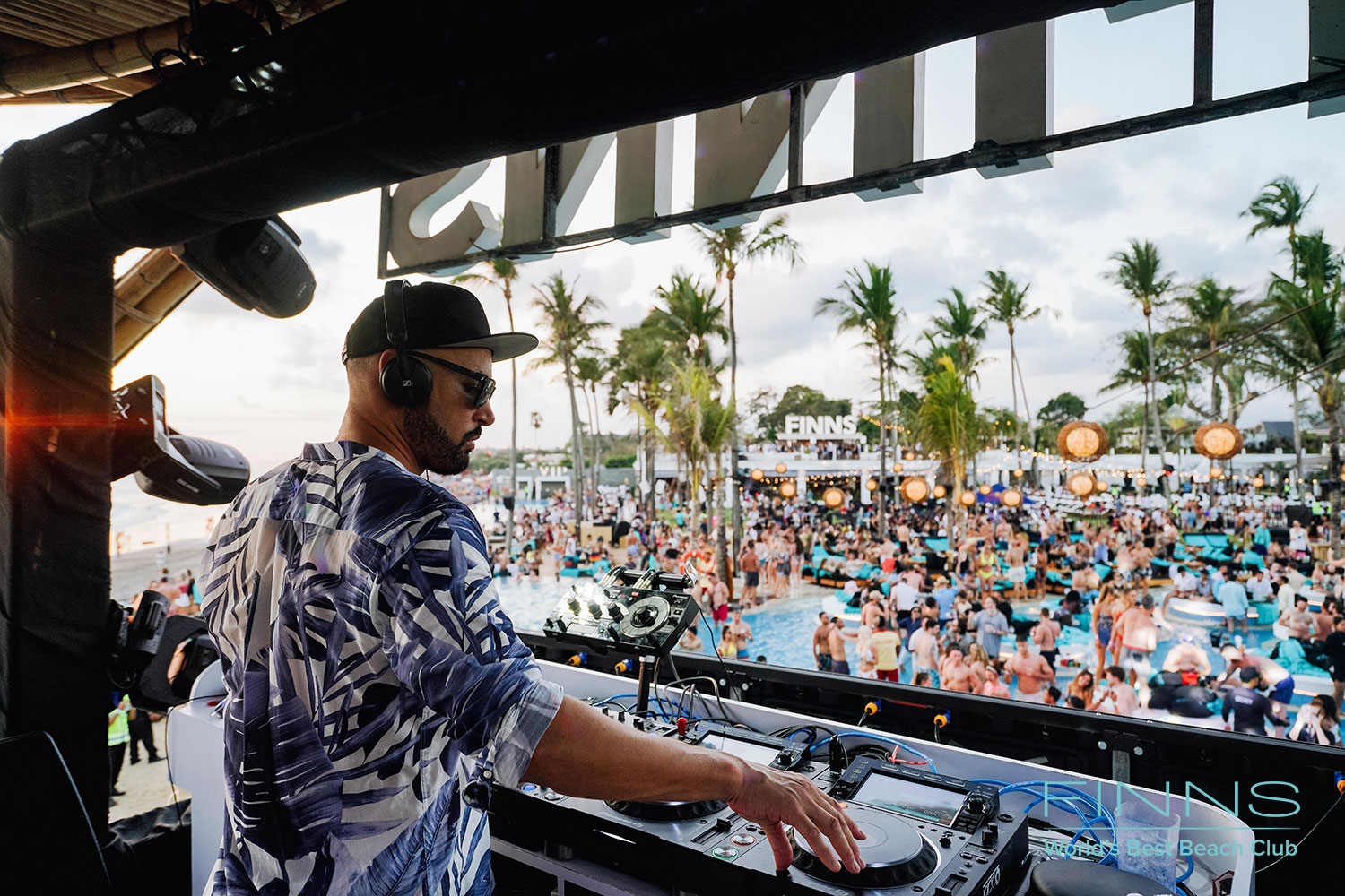 Finns Beach Club Grand Opening Party
